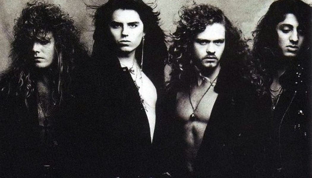 CRIMSON GLORY «Strange And Beautiful» (Roadrunner Records, 1991)