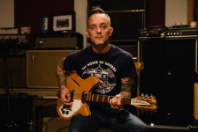 DAVE HAUSE «Kick» (Rise Records, 2019)