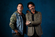 GIOELI / CASTRONOVO «Set The World On Fire» (Frontiers Music, 2018)