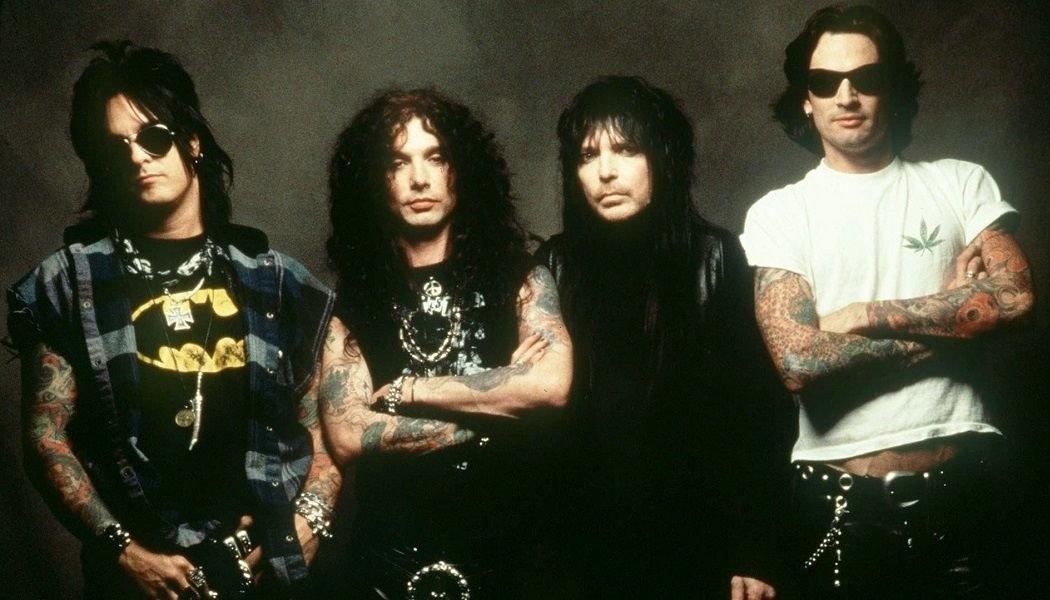 MÖTLEY CRÜE «Mötley Crüe» (Elektra Records, 1994)